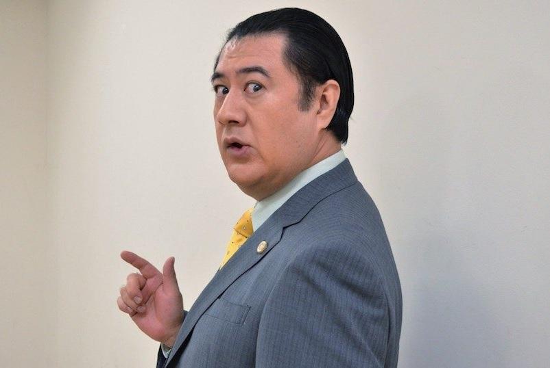 小手伸也は早稲田大卒で若い頃はイケメン!不倫もして中身は二枚目?