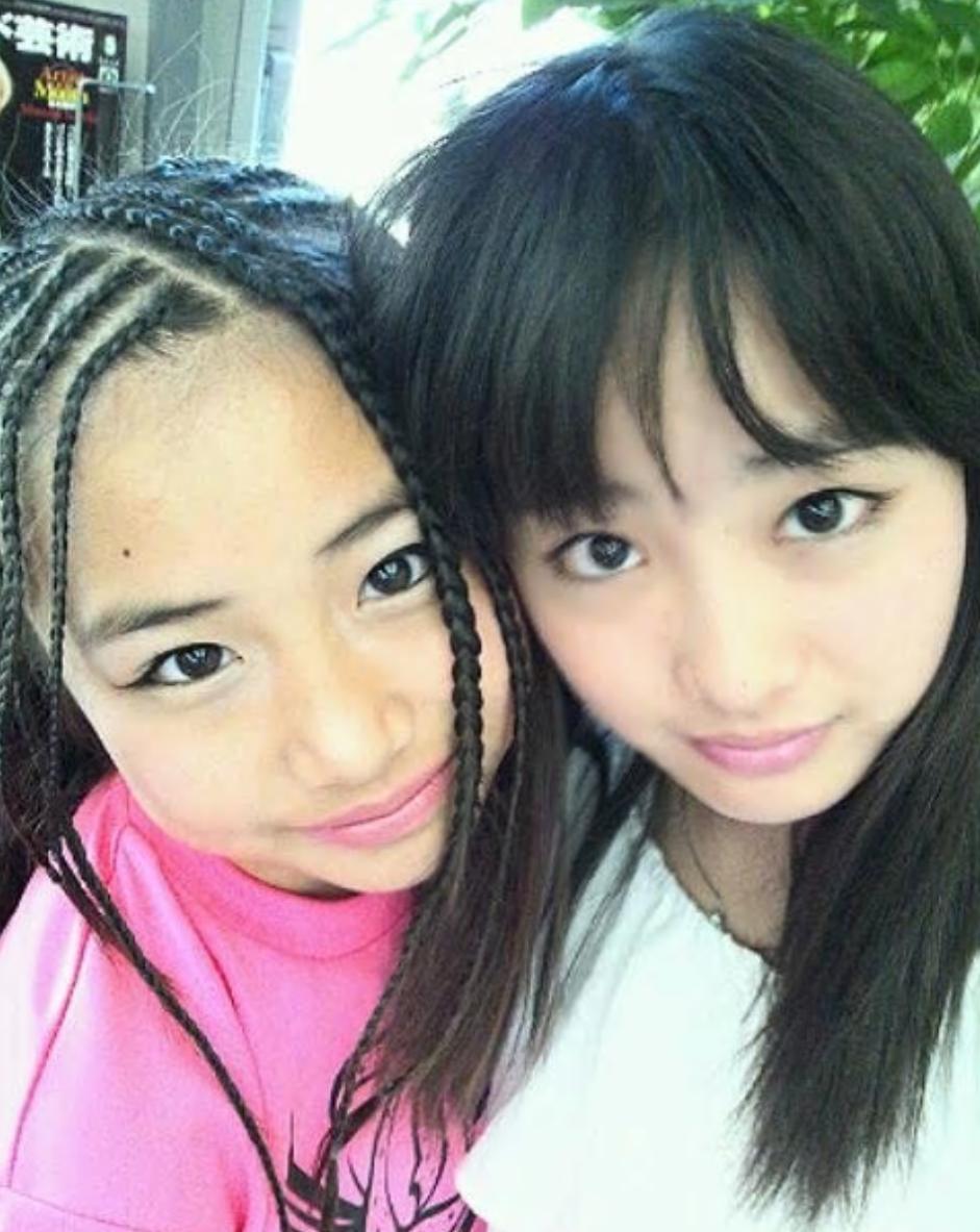 大友花恋と実妹の超かわいいツーショット!父母弟とも仲良し家族!