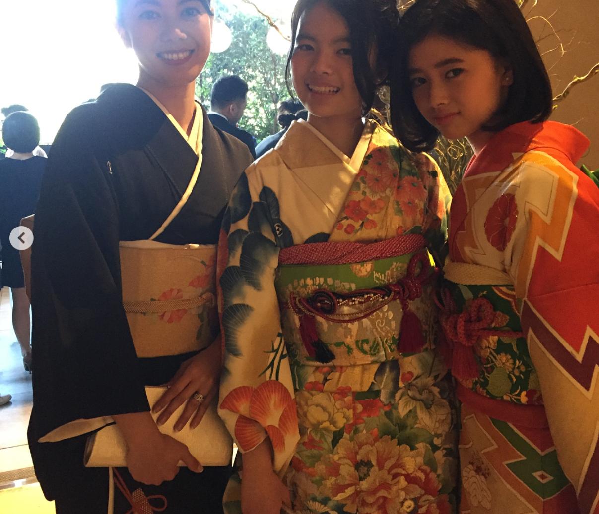 NiziU・RIMA(横井里茉)の兄姉がスゴイ!両親はZeebraと中林美和!